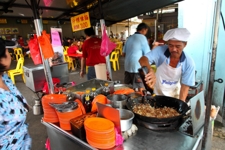 Char koay teow stall